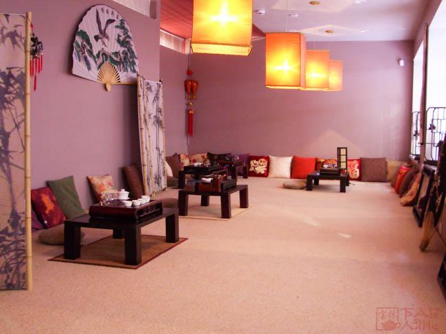 8 февраля открывается первый магазин-чайная «Баолинь» на Красном Проспекте, 86.